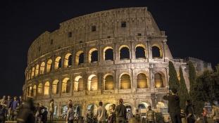 Újabb rongálás a Colosseumnál – a tettest akár börtönbe is zárhatják