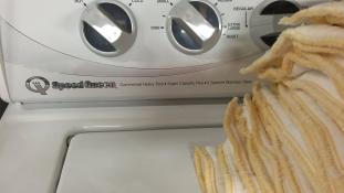Hároméves ikrek fulladtak meg a mosógépben