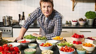 Jamie Oliver smucig: nem fizette ki a takarítónőjét