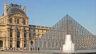 Terrorakció Párizs kellős közepén?