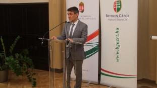 100 millió forintra pályázhatnak a határon túli fiatalok közösségei