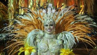 A polgármester nélkül nyílt meg a karnevál Rióban