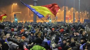 Románia: a kormány meghátrált – ma vonja vissza a korrupciós amnesztiarendeletet