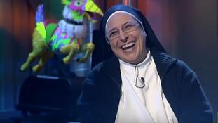 Ismerjék meg a spanyol apácát, aki imád a szexről beszélni