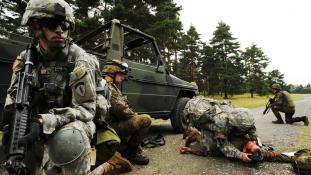 Németország attól fél, hogy megijeszti Európát, ha fejleszti a haderejét