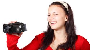 Változó világ – mekkora hatással vannak a vloggerek a tinikre?
