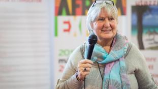Ahol a varrógép is életeket menthet – interjú Afrikáról és önkéntességről
