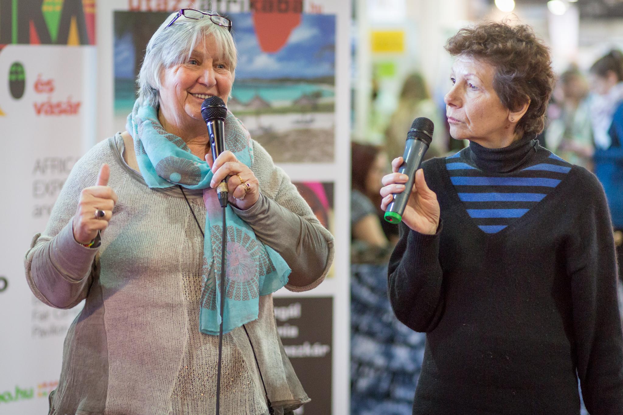 Pam Young előadást is tartott önkéntes programjukról.