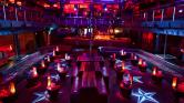 Lövöldözés az éjszakai klubban – egy halott és 15 sérült