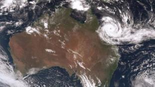 Szörnyeteg pusztít Ausztráliában – videó
