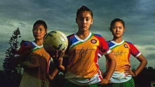 Nem engedtek be Amerikába egy tibeti női futballcsapatot