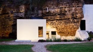 Gyönyörű barlanglakások Európában, ahol megéri eltölteni egy éjszakát