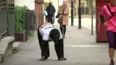 6 nap alatt teljesítette a londoni maratont egy gorillának öltözött rendőr