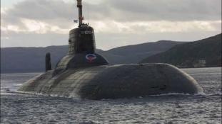 Hazatér a világ legnagyobb atom-tengeralattjárója