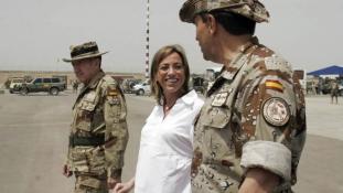 Első női védelmi miniszterét gyászolja Spanyolország