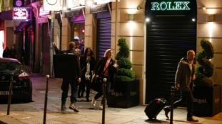 Boltban és pincékben bújtak el – szemtanúk a párizsi lövöldözésről