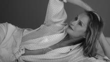 A szépségnek nincs kora: 73 éves a CK fehérneműreklám egyik sztárja – videó