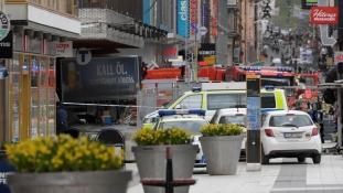 Minden jel terrorakcióra mutat – zárva a belváros Stockholmban