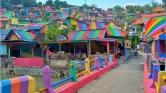 Szivárványfaluvá változtatott egy nyomornegyedet az indonéz kormány