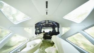 Már a síneket rója Japán hihetetlen szuper luxusvonata