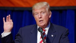 Donald Trump három világvallás szent helyeit keresi fel első külföldi útján