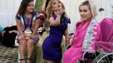 Mini manökenek a kifutón Dubajban – videó