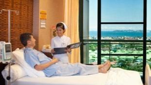 Ilyen egy kórház az üdülőparadicsomban – erre számíthatsz Pattayán