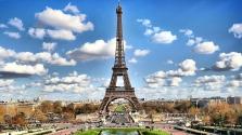 Telt ház az Eiffel-toronyban – másfélszeresére nőttek az árak