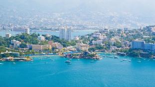 Több, mint egy tonna kokaint találtak Acapulco egyik strandján