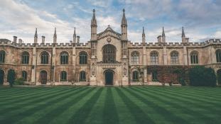 Menekülnek az uniós tanárok a brit egyetemekről
