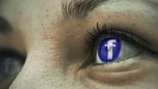 A berlini bíróság megtagadta egy öngyilkos lány szüleinek, hogy feltörjék a fiatal Facebookját