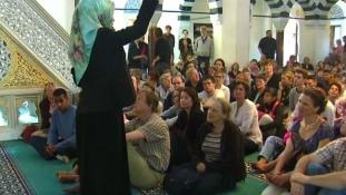 Tabukat akarnak dönteni: liberális mecset nyílt Berlinben