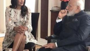 Megmutathatja-e egy színésznő a lábát a miniszterelnöknek?