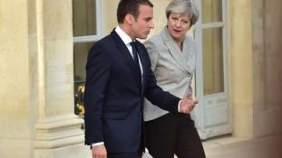 May-Macron: közös brit-francia terv a terrorizmus elleni harcban