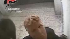 Lecsuktak egy testvérpárt Torinóban – Donald Trump maszkban fosztogatták az ATM-eket