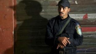 Újabb összecsapások Egyiptomban, de most a radikális iszlamisták húzták a rövidebbet
