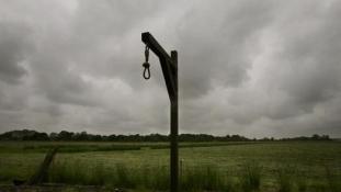 Halálra ítéltek Afrikában három szexuális ragadozót – rablásért
