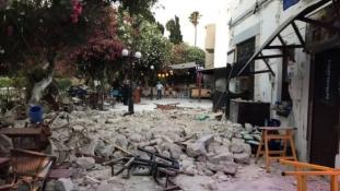 Egy svéd és egy török áldozat, több mint 200 sebesült Kos szigetén (videó)