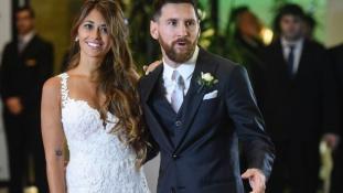 Gyerekszerelemből álomesküvő – Lionel Messi megházasodott (videó)
