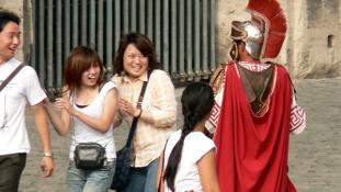 Kitiltották Róma belvárosából az álgladiátorokat
