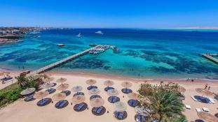 Turistákat késeltek halálra egy egyiptomi üdülőparadicsomban