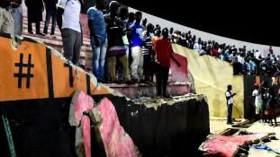 Tragédia a futballstadionban, nyolcan meghaltak