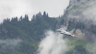Ausztria kiszáll a drágának ítélt Eurofighter-programból