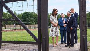 Haláltáborban tett látogatást Vilmos herceg és Katalin Lengyelországban