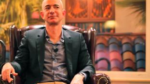 Pár órára volt csak a világ leggazdagabb embere Jeff Bezos – videó