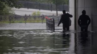 Felhőszakadás Moszkvában – videó