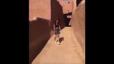 Ha elkapják, börtönbe csukhatják a miniszoknyás lányt Szaúd-Arábiában