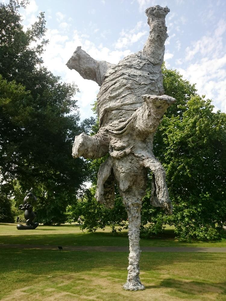 szoborkiallitas-a-regent-parkban