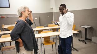Ingyenes nyelvtanfolyam migránsoknak