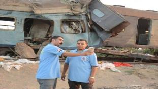 Megbüntették az egyiptomi vonatronccsal szelfiző mentőket